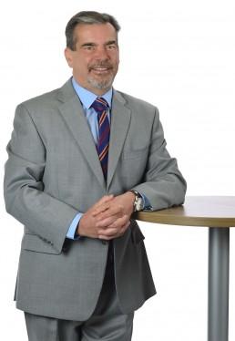 Peter Silva, Associate